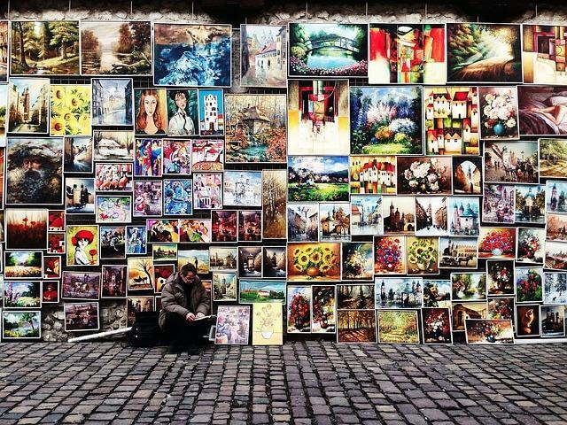 Regole sull'uso delle immagini gratuite e guida a come sceglierle.